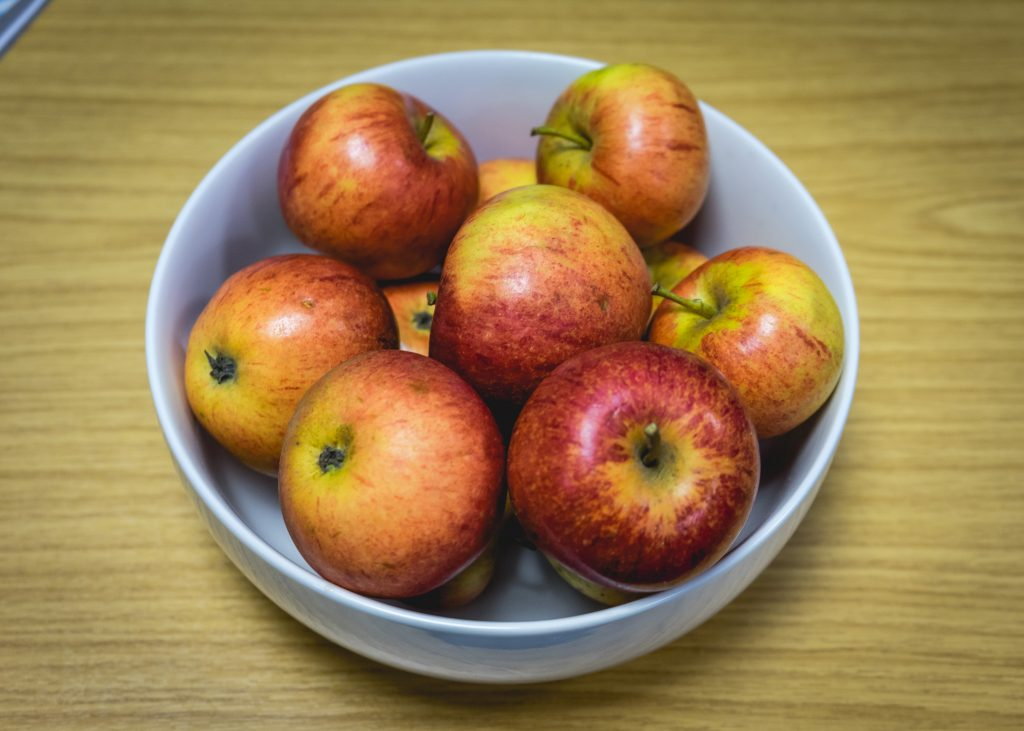 Free apples in the Student Services Hub